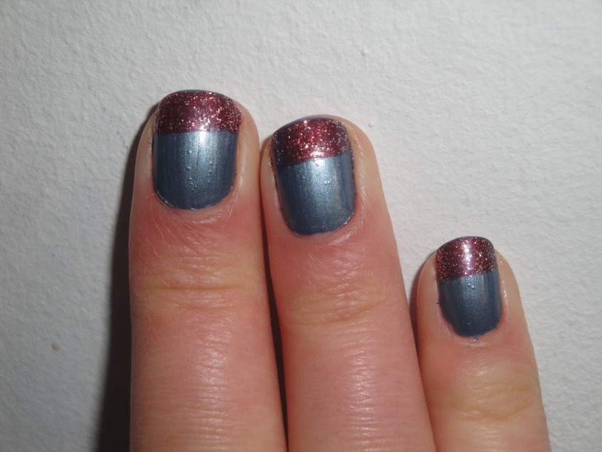 Barry M Chameleon Blue teal slate blue shimmer grey herring burgundy brown red colour change mood clear nail polish top coat add silver glitter limited edition nail art