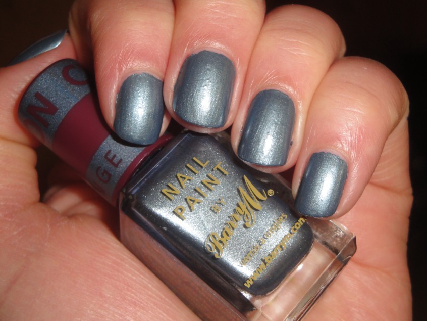 Barry M Chameleon Blue teal slate blue shimmer grey herring burgundy brown red colour change mood clear nail polish top coat add silver glitter limited edition (4)