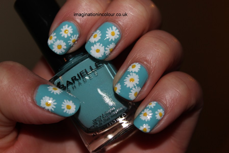 Daisy Nail Art sky blue white yellow nail art pen pens rio barielle swizzle stix sticks shades free hand freehand polish spring summer easy short long nails