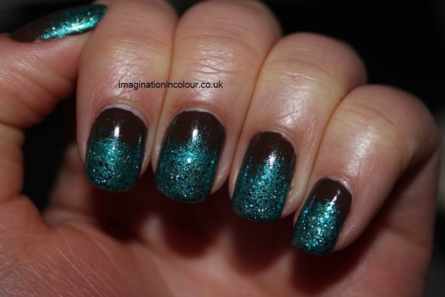 Nail art pictures turquoise nail art photos turquoise and chevron nail art pictures turquoise brown and turquoise glitter gradient nail art prinsesfo Image collections