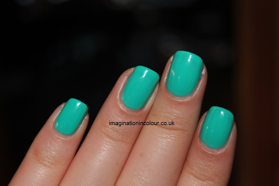 Go Back > Gallery For > Bright Turquoise Nail Polish