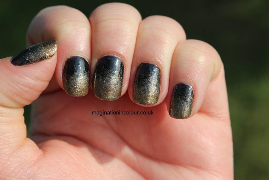 Nail Art Black Gold Silver: Popular silver nail polish brands.