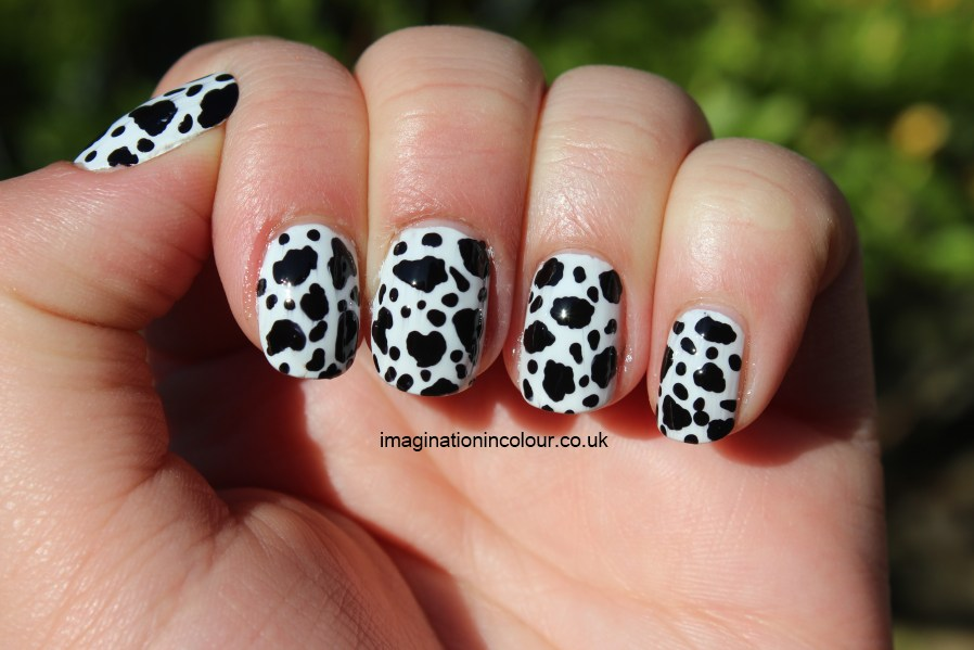 Dalmatian Nail Art Cow Print black and white dotted spotted spots ...