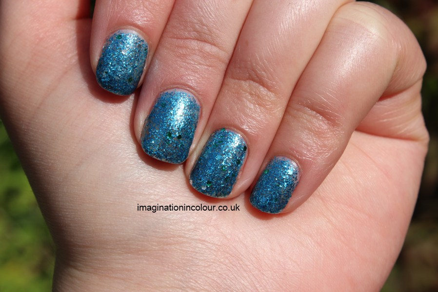Revlon Radiant Blue Mosaic nail polish enamel glitter opi gone gonzo dupe blue glitter silver green hexagonal multi sizes topcoat review UK blog