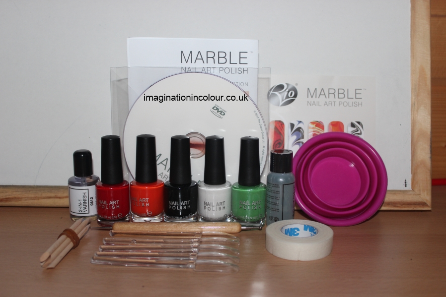 Rio Marble Nail Art Polish London Collection kit water marbling varnish set designs swirl flower flowers hippie 60s guide UK blog review Christmas Gift guide for her teens contents (2)