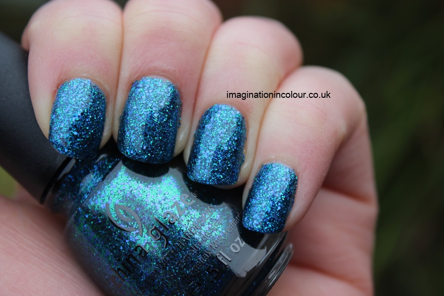 China Glaze Water-You Waiting For water you what are blue purple aqua glitter multi cirque du soleil collection UK nail polish blog review swatch swatches turquoise ocean (3)