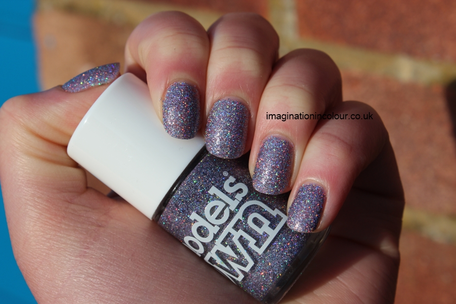 Models Own Southern Lights purple lilac scattered holo holographic glitter multicoloured sparkle juicy jules northern wonderland collection topcoat winter 2012 review blog UK nail polish swatch (3)