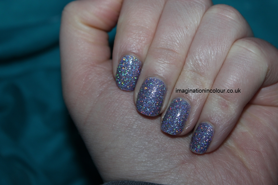 Models Own Southern Lights purple lilac scattered holo holographic glitter multicoloured sparkle juicy jules northern wonderland collection topcoat winter 2012 review blog UK nail polish swatch (6)