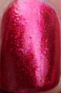 Color Club Berry and Bright holiday 2012 winter affair collection cranberry raspberry red magenta pink shimmer foil duochrome review uk nail varnish polish blog close up macro shot