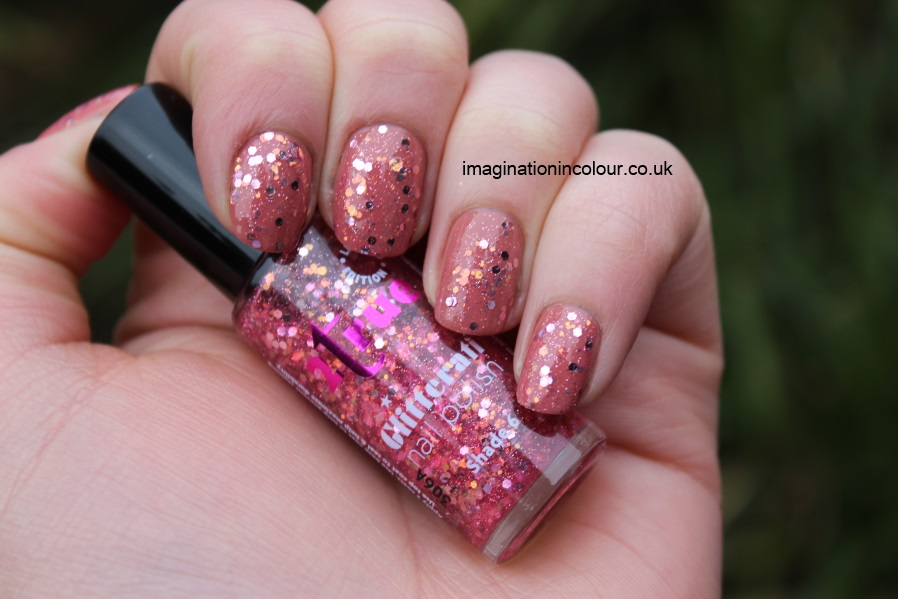 2true Glitterati Shade 6 pink orange gold glitter jelly topcoat sparkly peach nail polish review swatch swatches ciate pocket money uk blog