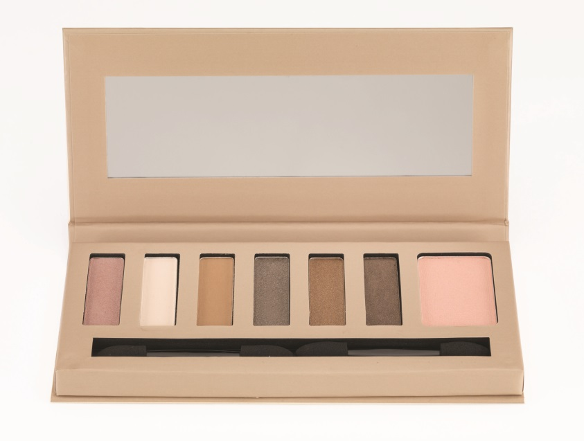 Natural Glow Palette Front Open edited