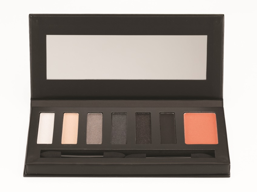 Smokin' Hot Palette Front Open edited