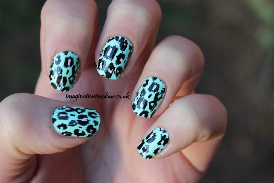 Elegant Touch Leopard Aqua Envy Wraps (4)