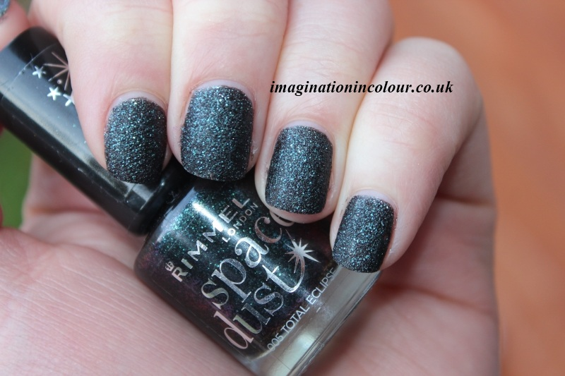 Rimmel Total Eclipse Space Dust 005 textured nail polish liquid sand effect black turquoise glitter uk blog review swatch swatches london