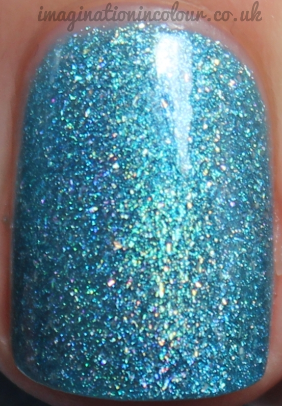 Picture Polish Bette macro close up