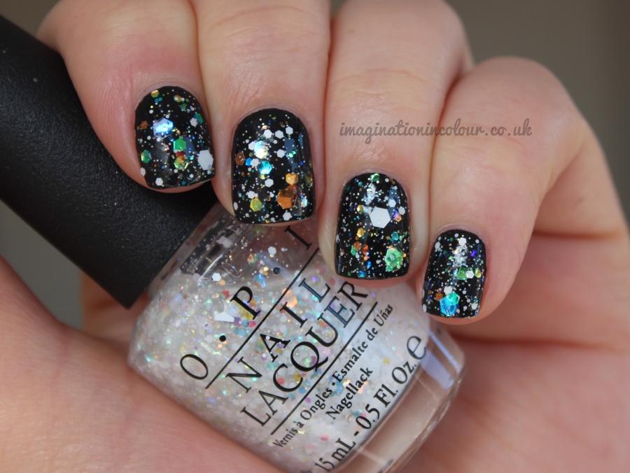 OPI Snow Globetrotter